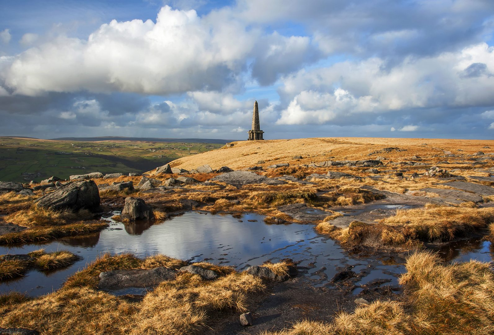 Stoodley Pike, Calderdale